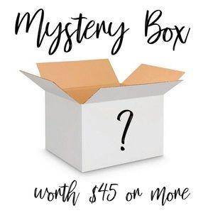 ✨MEDIUM Mystery Box✨